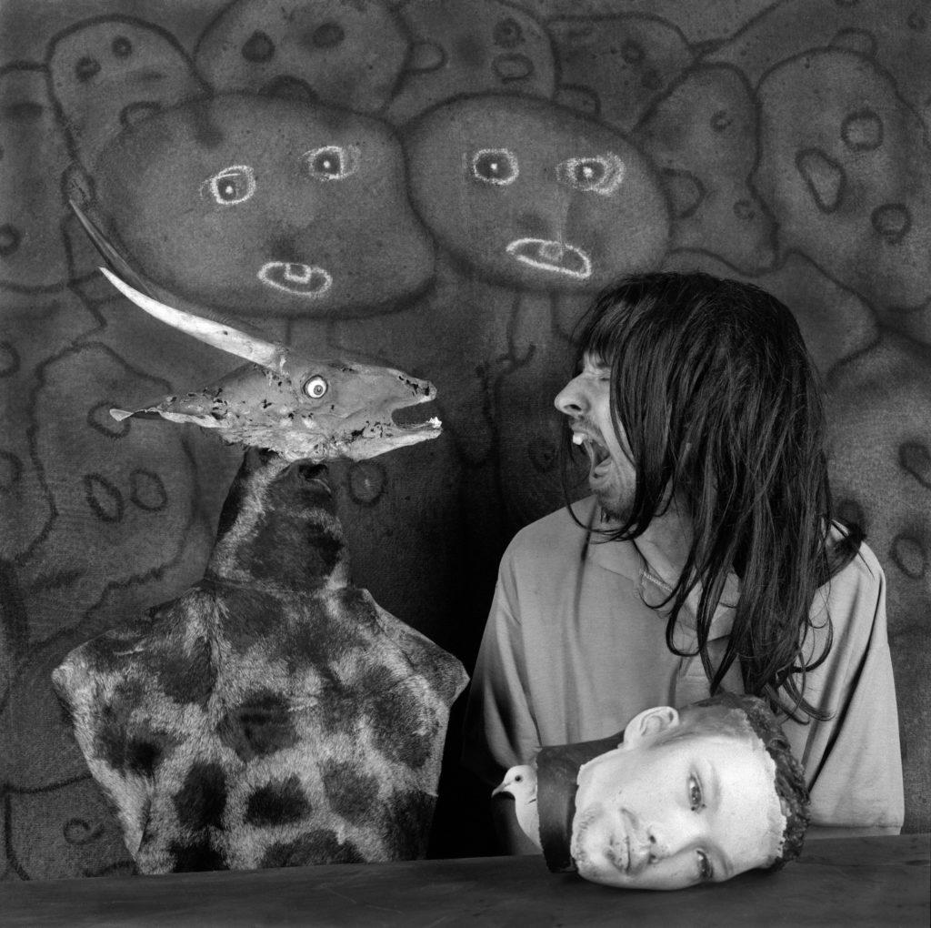 Рисунки Боба Дилана, черно-белый сюрреализм и современное отечественное искусство