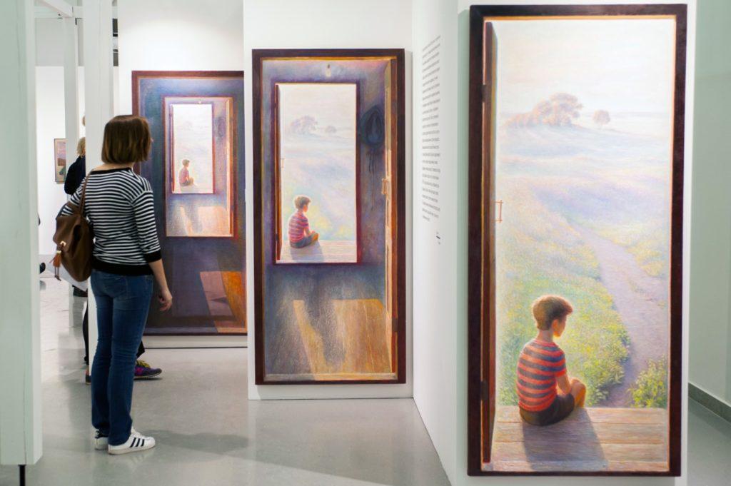 Куратор выставки Николая Касаткина: «Он все время работает с рамками. И это — рамки нашего восприятия»