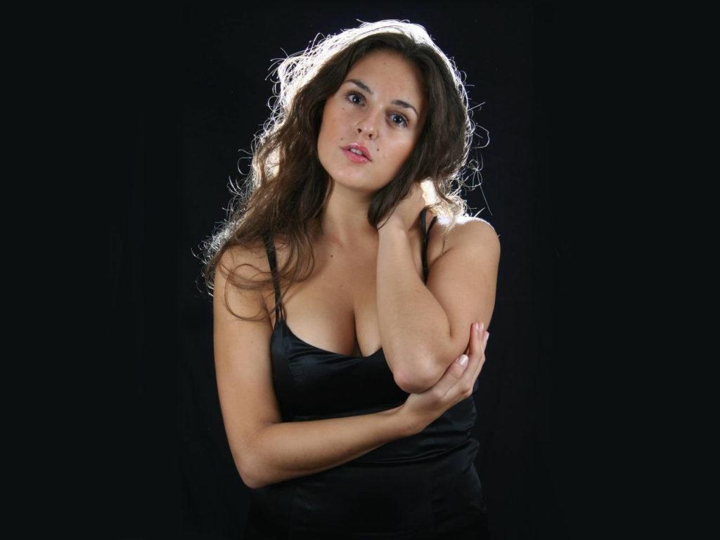 Актриса Мария Шумакова: 9 песен, под которые невозможно не влюбиться