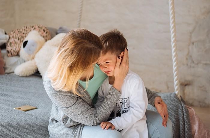 Что делать, если ребёнок истерит? 7