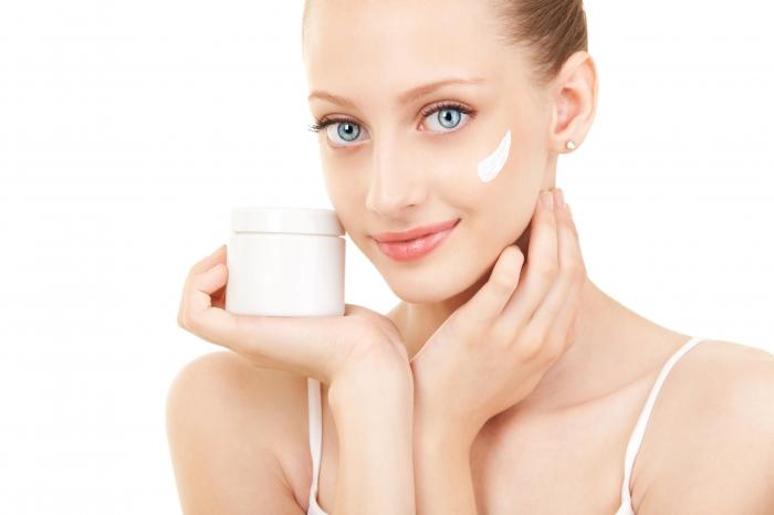 Какие крема опасны для лица: мнение специалистов