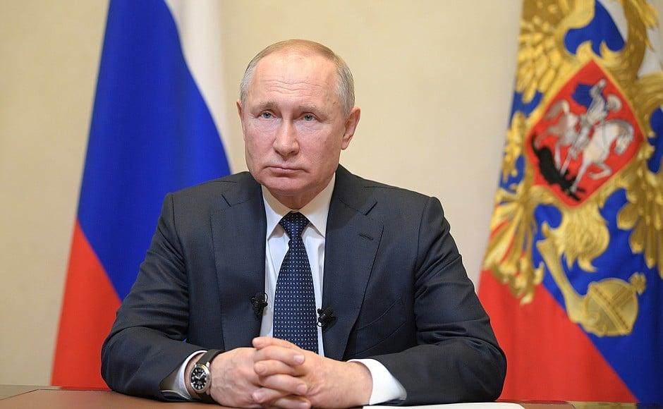 Путин обратился к россиянам в связи с пандемией коронавируса
