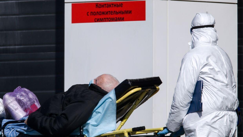 На середину апреля придётся пик заражения коронавирусом в Москве