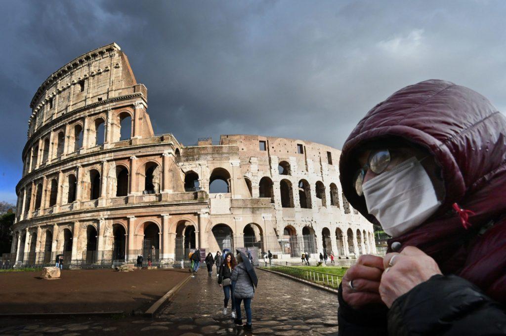 В Италии от коронавируса за 24 часа умерло 368 человек
