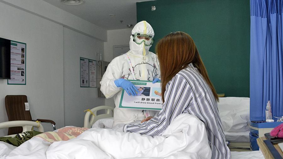 В Китае врачи рас сказали о необычных последствиях COVID-19
