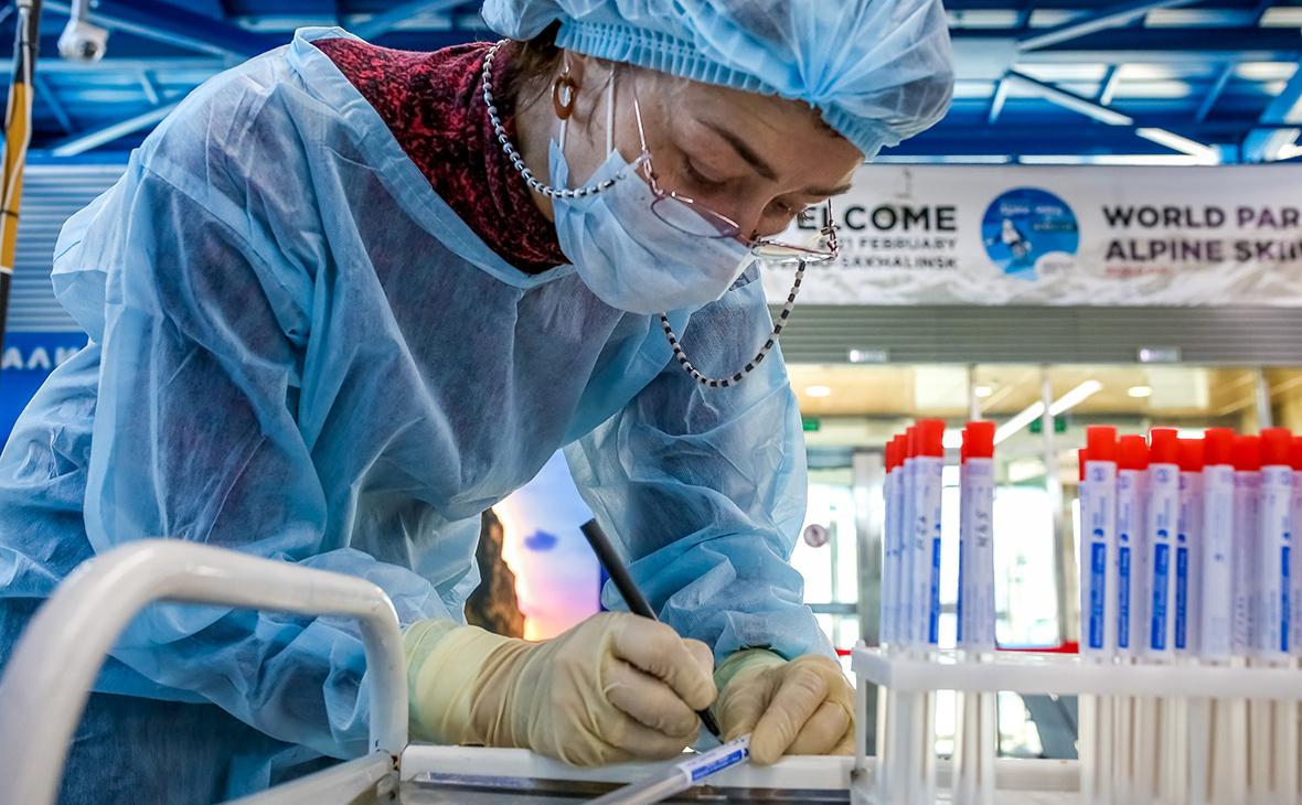 Темпы распространения коронавируса в РФ растут: новых 5 тысяч случаев