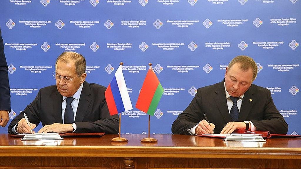 Россия договорилась с Беларусью о взаимном признании виз