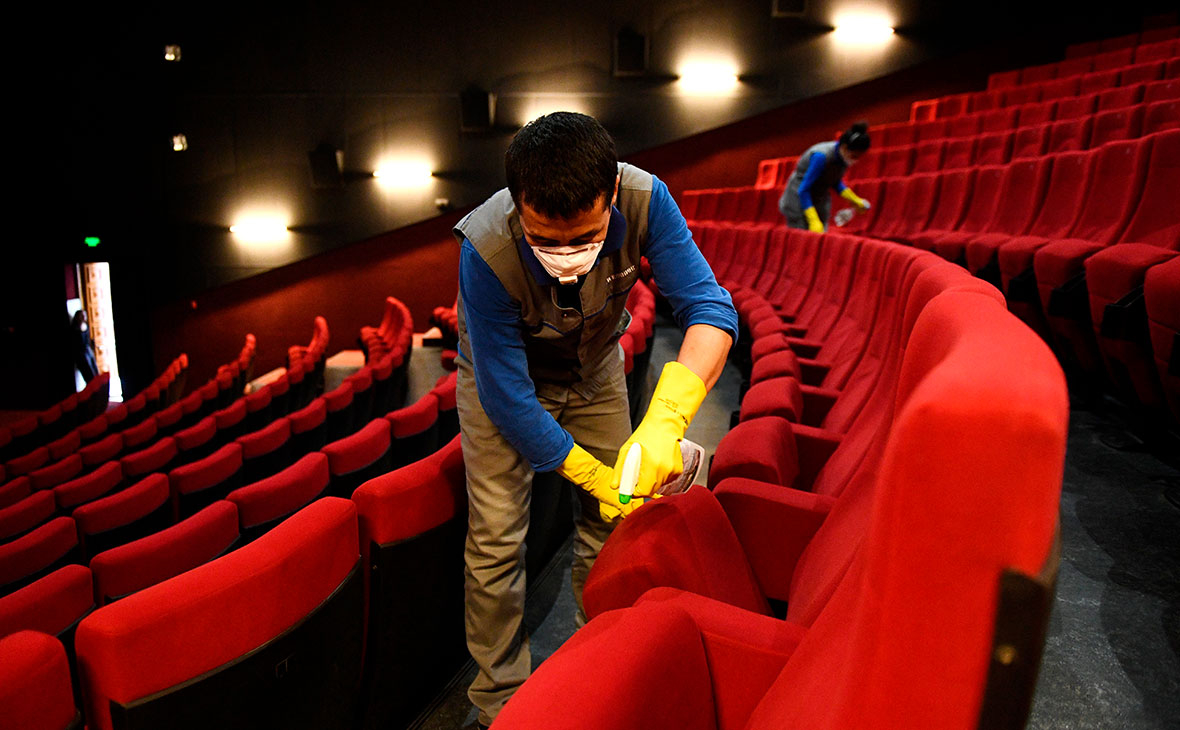 Мэр Москвы рассказал о сроках открытия кинотеатров