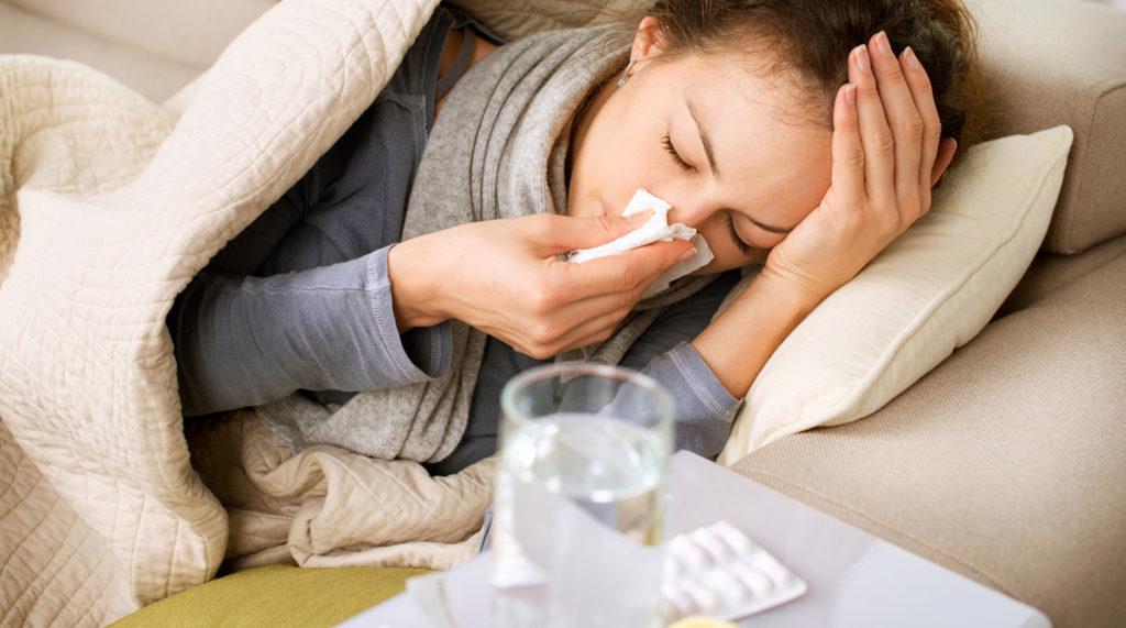 Эксперты рассказали, как отличить грипп от коронавируса