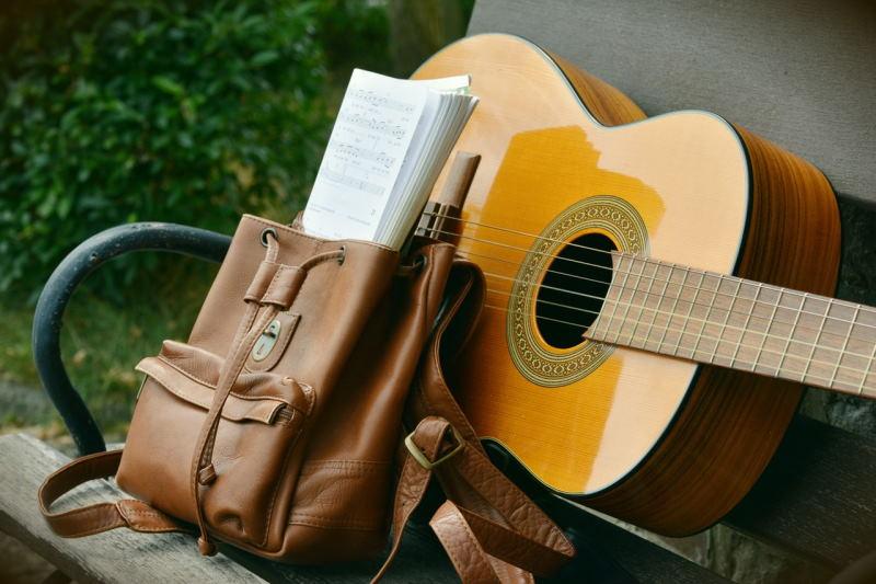 Гитара для новичка: как выбрать