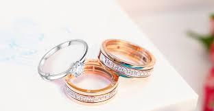 В чем разница между помолвочным и обручальным кольцом?