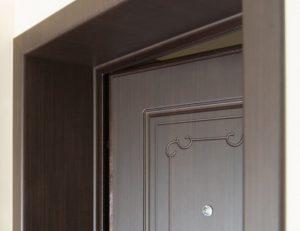 Доборы на входную дверь: эффектно, эстетично, экономично