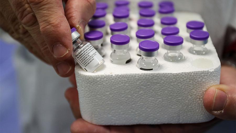 В США угнали рефрижератор с партией вакцины от COVID-19