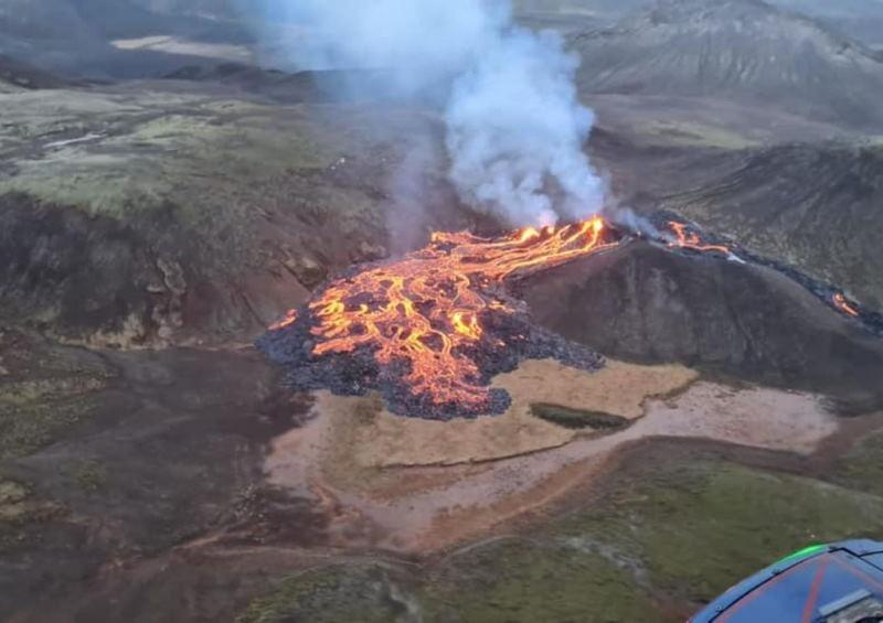В Исландии проснулся древний вулкан. Отменены международные авиарейсы