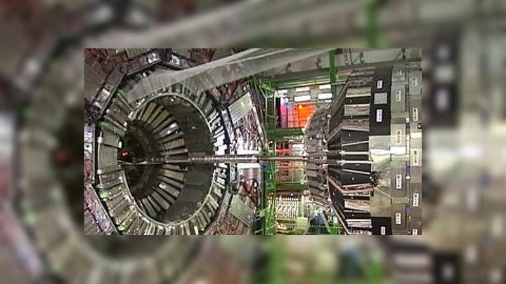 Новый эксперимент на БАК поставил под сомнение постулаты базовой физики