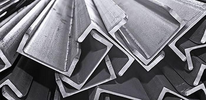 Алюминиевый швеллер: особенности фасонного металлоизделия