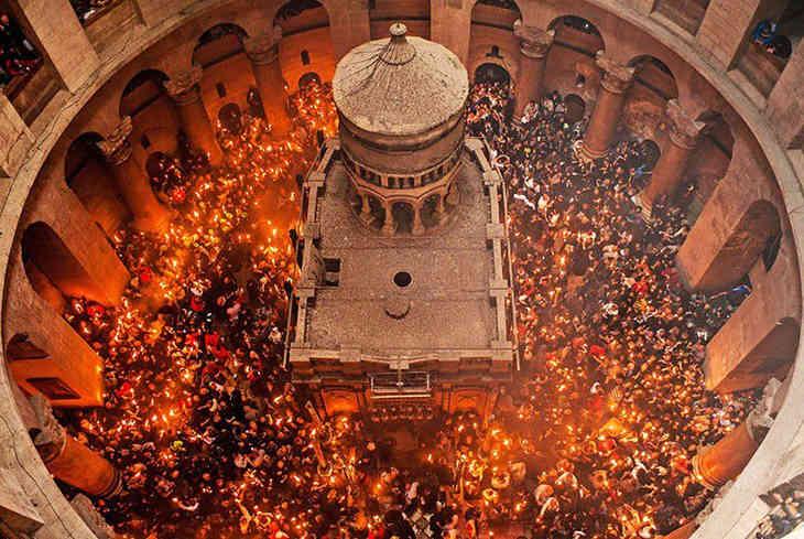 В Иерусалиме очередной раз сошёл Благодатный огонь