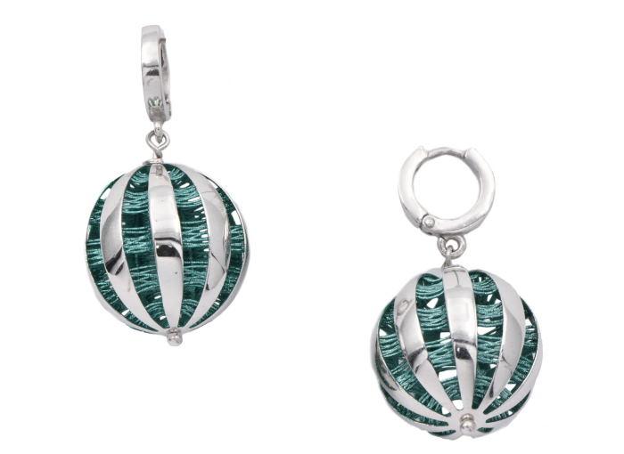 Серебряные серьги: с чем и как носить