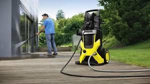 Мойки Karcher для эффективной уборки на придомовой территории