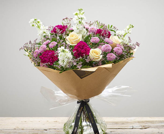 Услуга «доставка цветов»: особенности