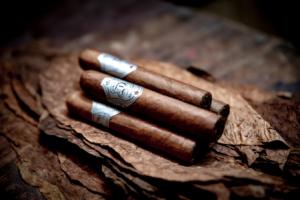Насладитесь ароматной сигарой от Havana Smoke