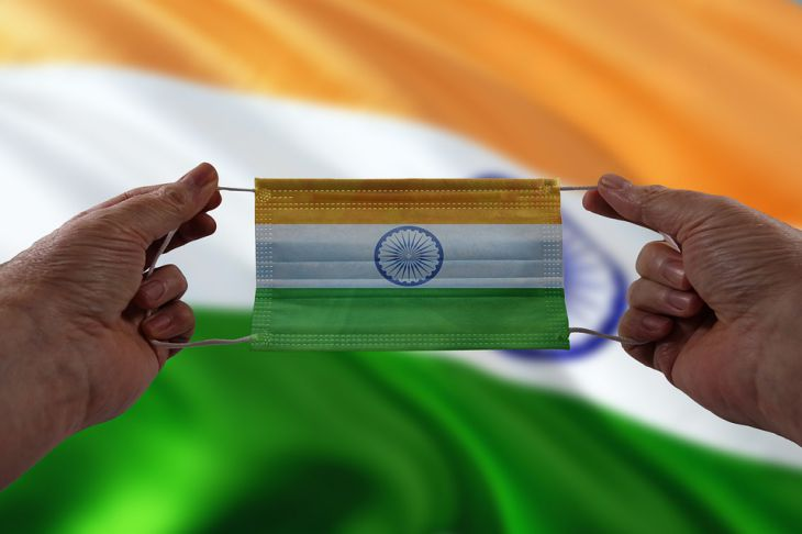 Власти Индии заявили о победе над ковидом: найдено лекарство